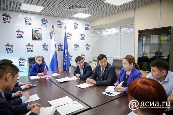 Галина ДАНЧИКОВА встретилась с активистами «Молодой Гвардии»