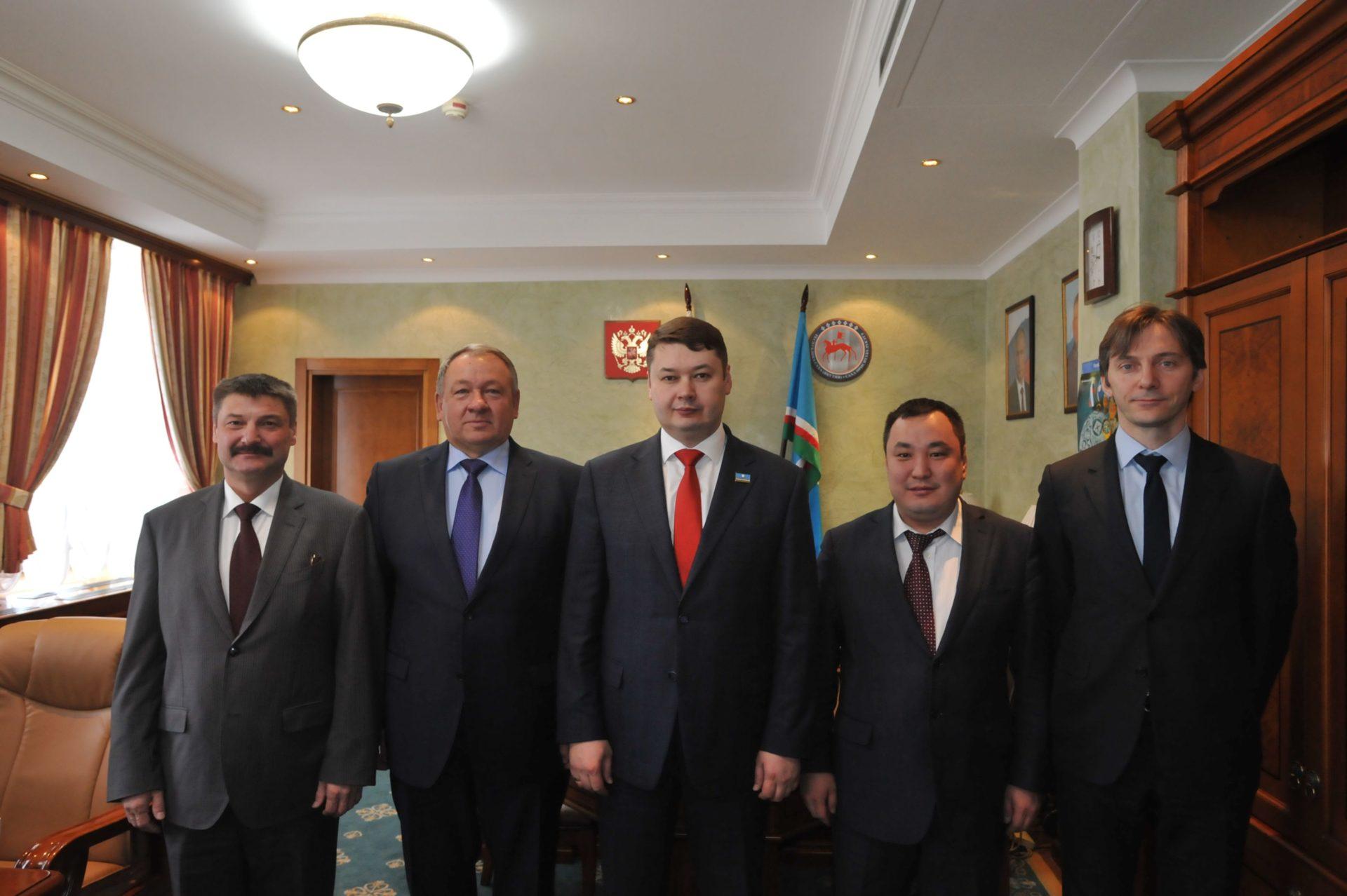Вопросы развития железнодорожного транспорта рассмотрены у Председателя Правительства Республики Саха (Якутия) Евгения Чекина.