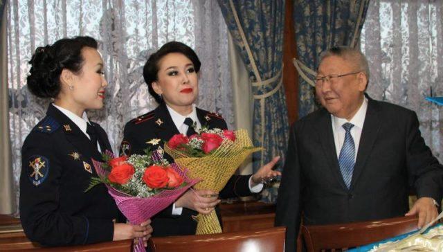 Егор Борисов встретился с якутянками-участницами шоу «Поле чудес»