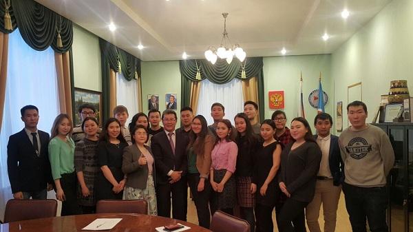 Высшая студенческая школа парламентаризма: Работать нацеленно на результат, а не ради карьеры