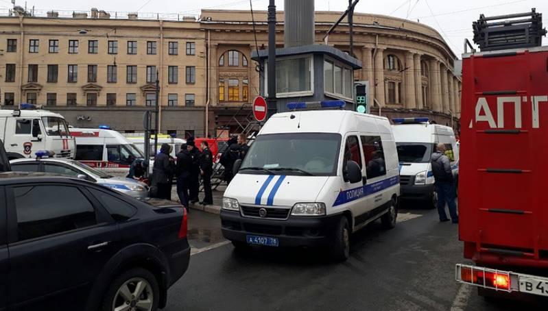 При взрыве в метро Санкт-Петербурга пострадали около 50 человек