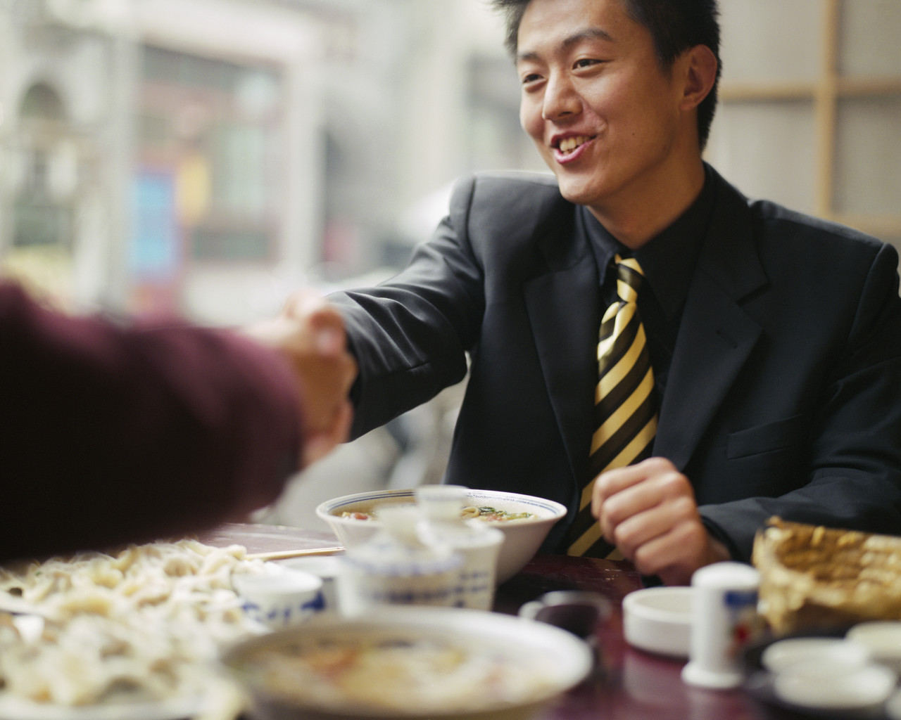 china business ethics Business ethics is not just a set of rules that dictate how to behave on business meetings this system of values has a significant impact on the verbal business ethics existing in china.