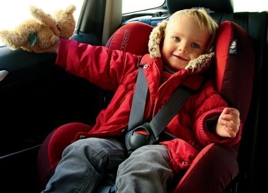 В Якутске до конца мая ГИБДД проведет массовые проверки по выявлению нарушений правил перевозки детей
