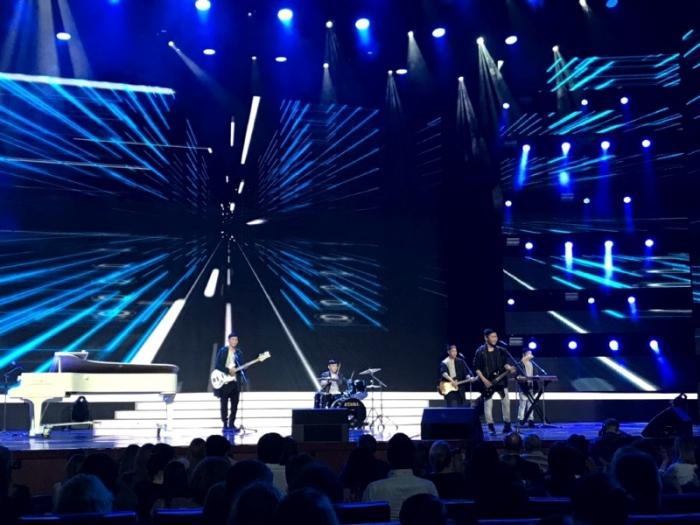 Якутский ВИА «Хатан» открыл шоу в Кремле
