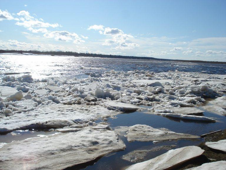 Река Лена на территории Якутии вскрылась на 5 суток раньше