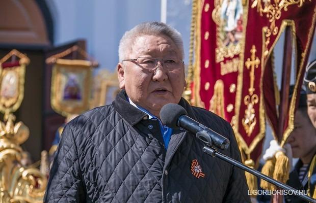 Егор Борисов выступил перед участниками Крестного хода и молебна в память о погибших защитниках Отечества