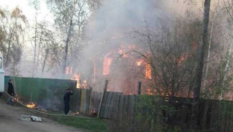 В Магане сгорел дом Афанасия Максимова