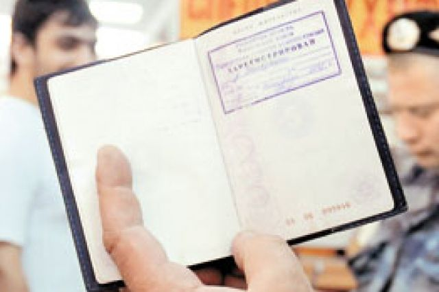 Жительница Якутии фиктивно регистрировала у себя мигрантов взамен на ремонт в квартире.