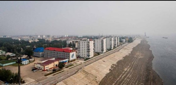 Прокурор Ленского района добился выдачи квартир для сирот