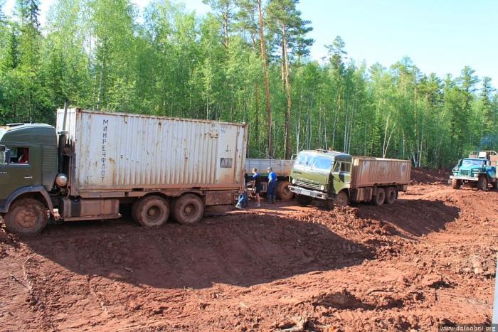 На трассе «Вилюй» ужесточен контроль за грузовыми автомобилями