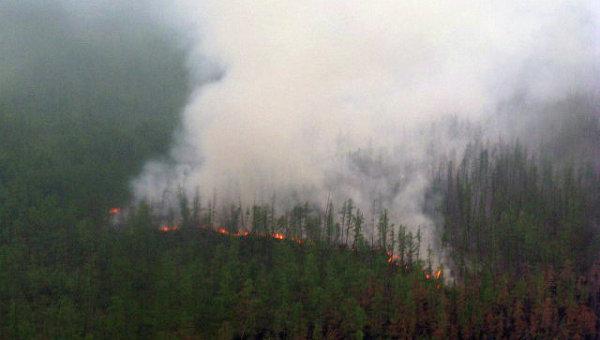 В Якутске дым от лесных пожаров, бушующих на территории республики