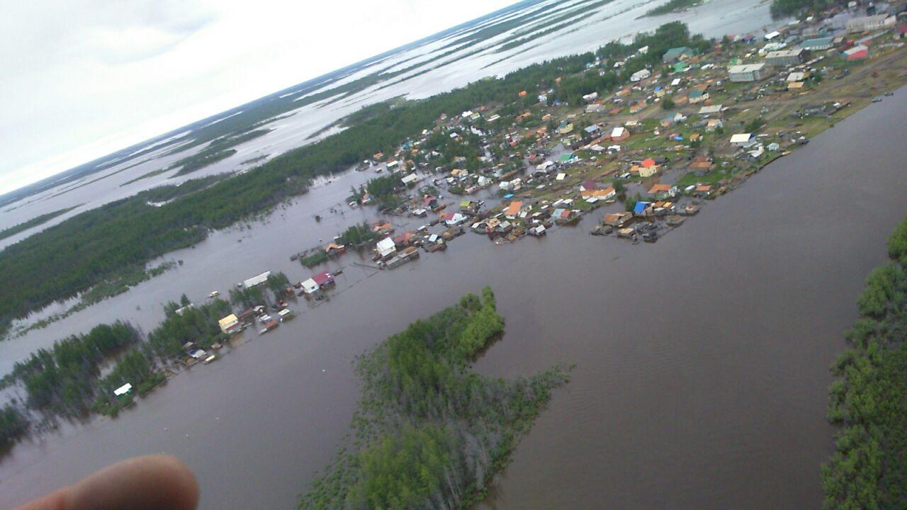 Среднеколымское село уходит под воду