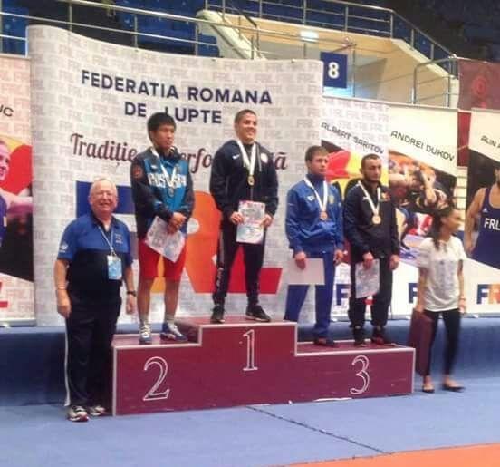 Якутский борец завоевал серебро на международном турнире в Бухаресте