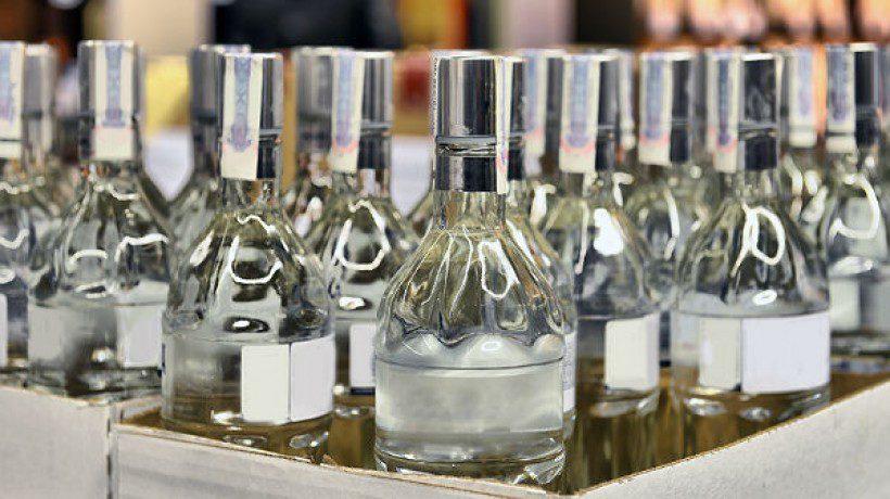 С 25 августа вступает в силу закон ужесточающий ответственность за нелегальный оборот алкогольной продукции