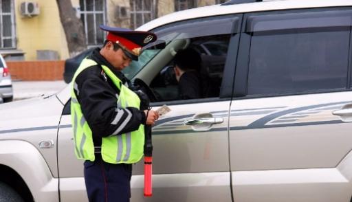В МВД сообщили о новых правилах остановки машин для проверки документов