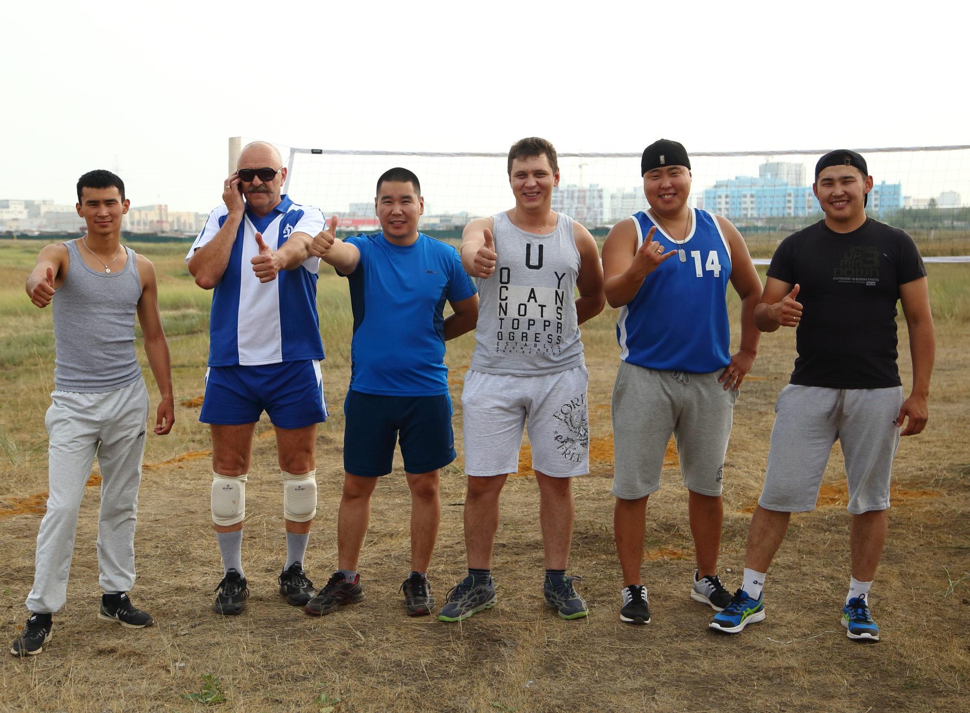 Команда аэропорта «Якутск» — победитель турнира Гагаринского округа по волейболу