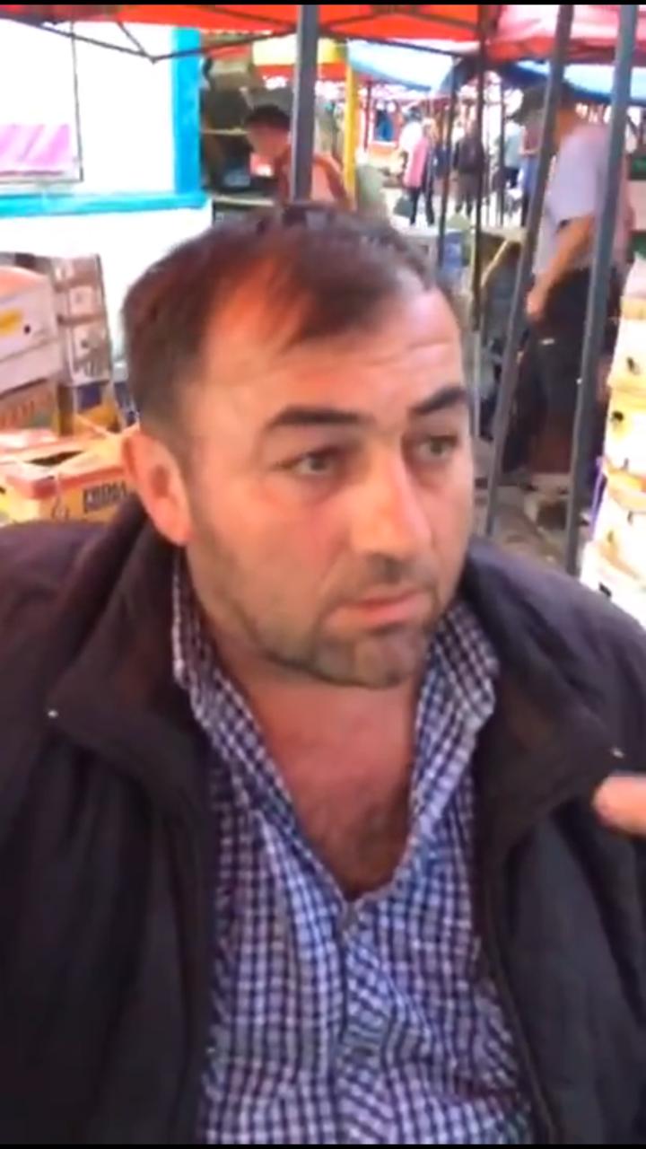 В Якутске продавец овощей и фруктов обвесил покупателя почти на 5 кг (видео)