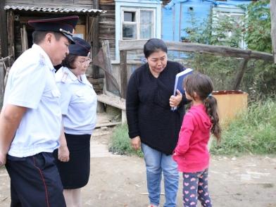 В Якутии провели операцию «Семья»: 120 детей собрано в школу