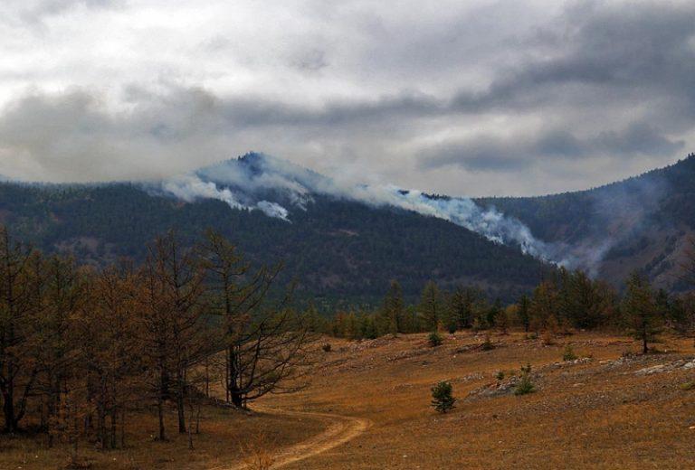 Горящая Якутия: 8 пожаров действуют на охраняемой территории, 71 пожар на удаленных и ненаселенных землях