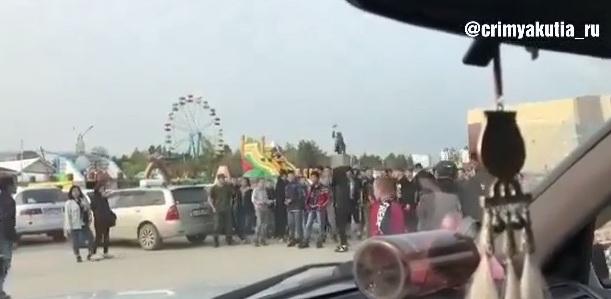 В Якутске едва не произошла массовая драка