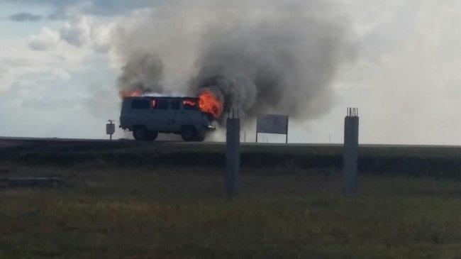 В Якутске неизвестные сожгли УАЗ, чтобы замести следы