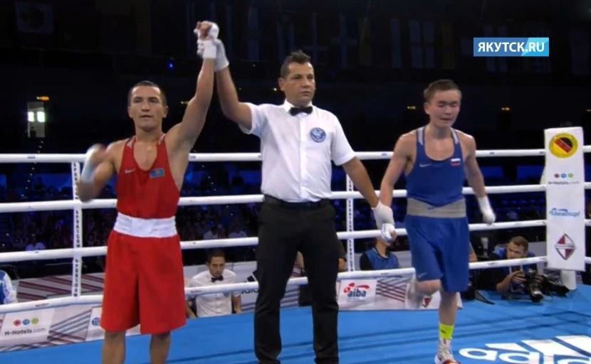 Василий Егоров проиграл в четвертьфинале ЧМ по боксу в Гамбурге