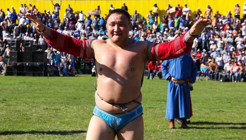 В Якутск приедет известный сумоист Эрес Кара-Сал