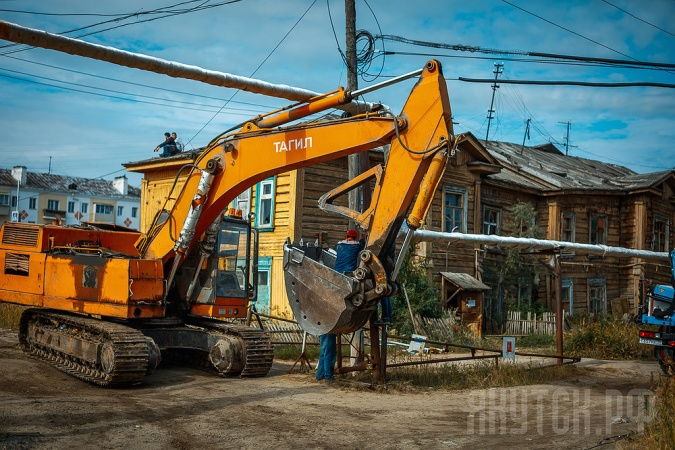Коммунальщики сносят дома в Гагаринском округе