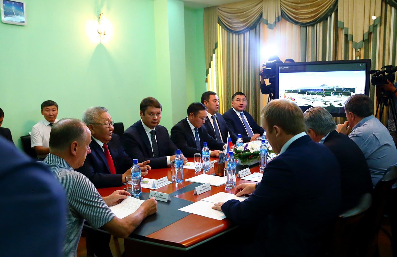 Николай Патрушев поддержал позицию Якутии по вопросу реконструкции аэродрома аэропорта «Якутск»