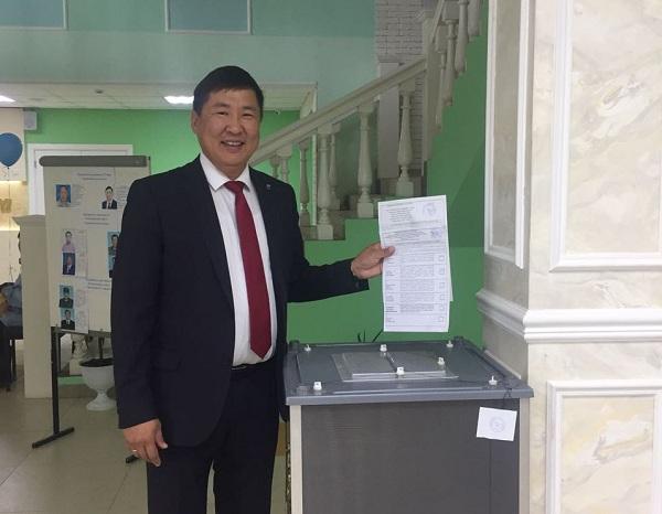 Степан Саргыдаев Чурапчыга кыайда