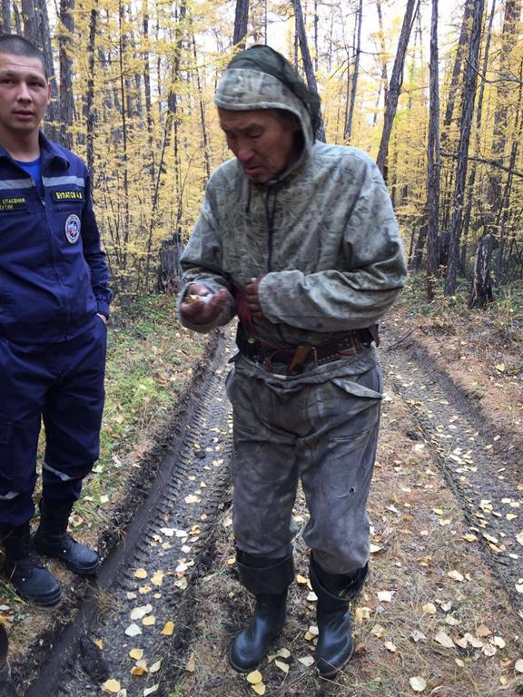 В Нюрбинском районе нашли потерявшегося в лесу охотника