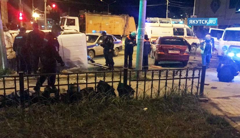 Один человек погиб, еще один пострадал в ДТП в центре Якутска