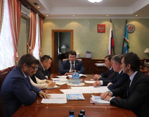 Евгений Чекин провел рабочую встречу с Вице-президентом ОАО «Российские железные дороги» Анатолием Чабуниным
