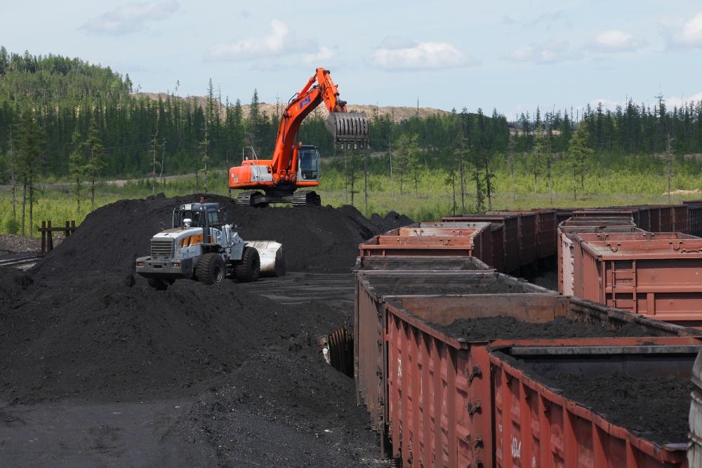 Погрузка угля со станций Чульбасс и Денисовский набирает обороты