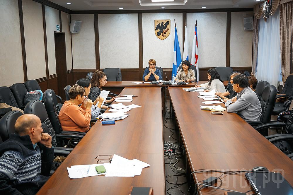 Общественная комиссия обсудила проект муниципальной программы «Формирование современной городской среды»