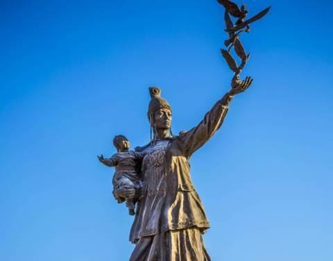 Якутия широко отметит День матери