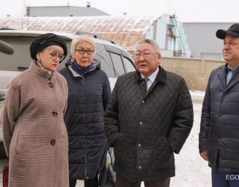 Егор Борисов взял на личный контроль проблему самовольно построенных в Якутске объектов
