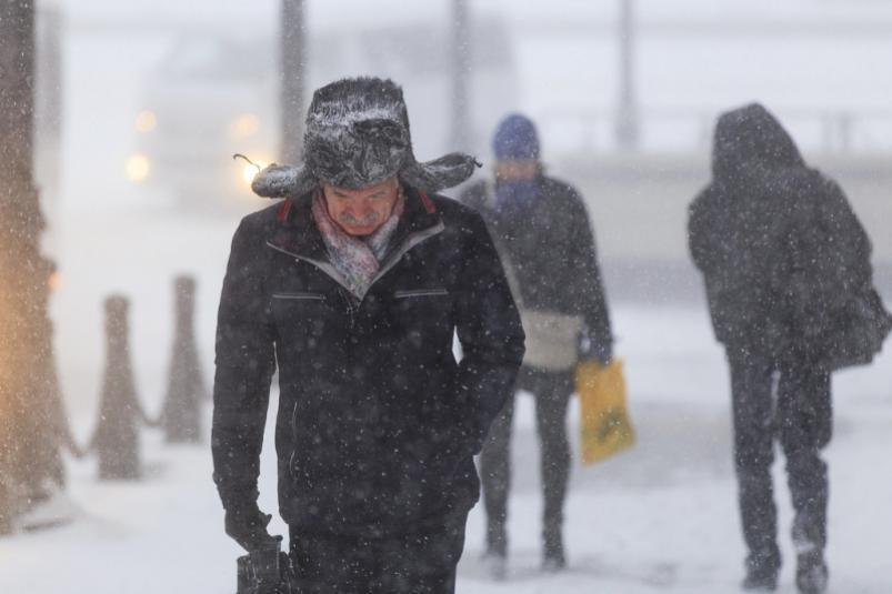 Синоптики предупредили о сильном снегопаде и метели в семи районах Якутии
