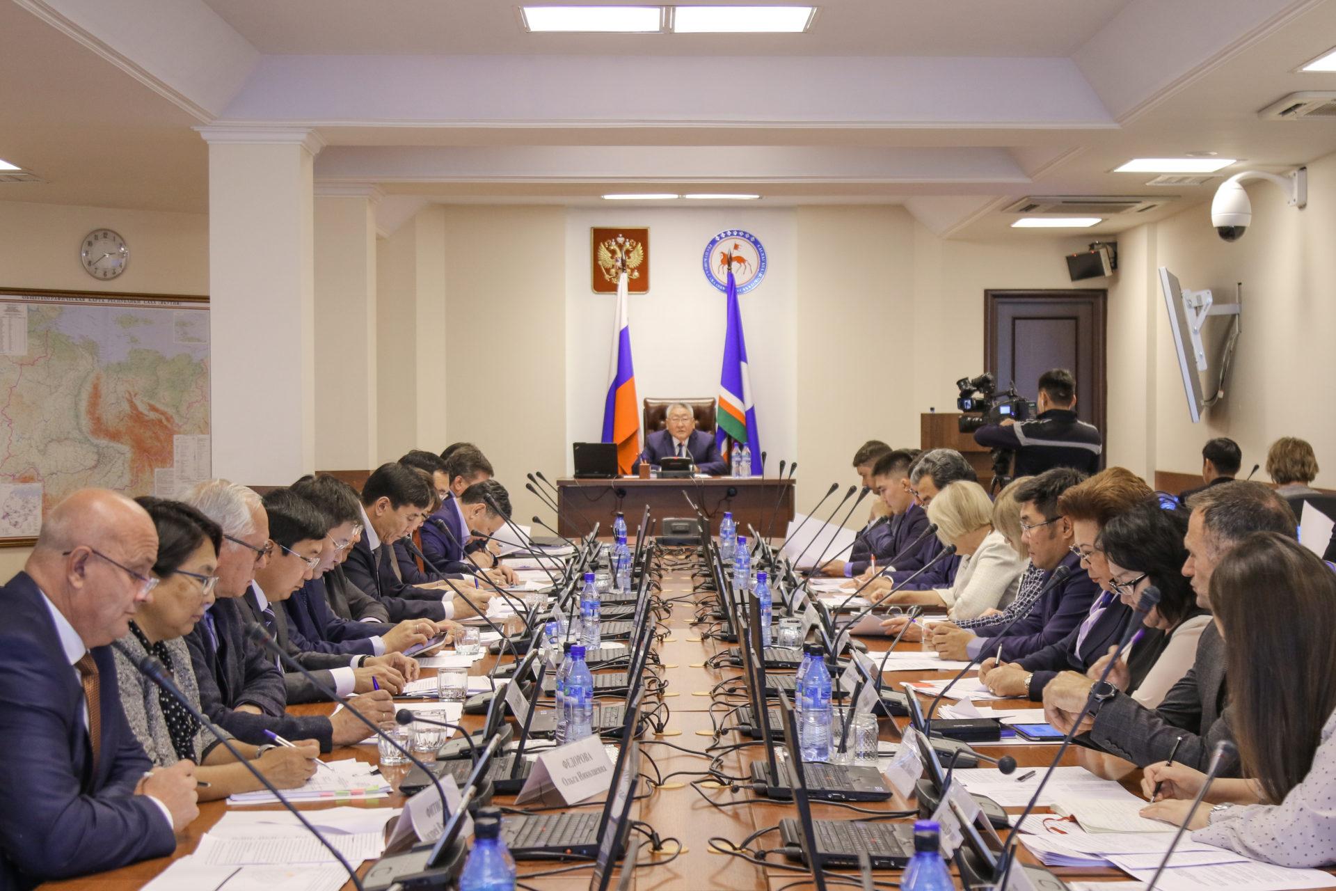 Егор Борисов провёл заседание Совета по инвестиционной политике и ГЧП