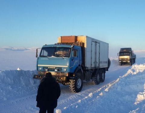 В Якутии из-за сильной пурги приостановили движение на автодороге Усть-Куйга – Депутатский