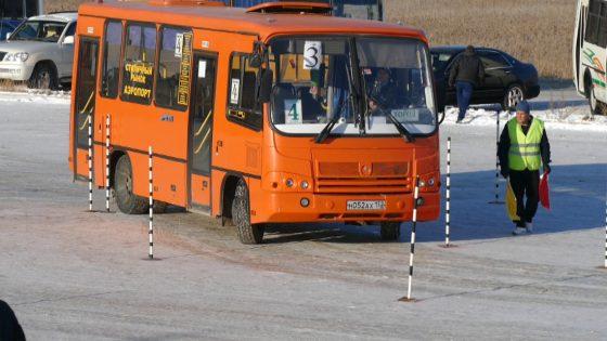 В Якутске прошли соревнования по фигурному вождению