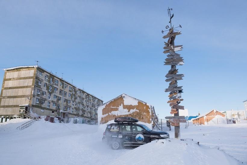 Как живет погребенный под снегом поселок Тикси в Якутии, откуда сбегают люди