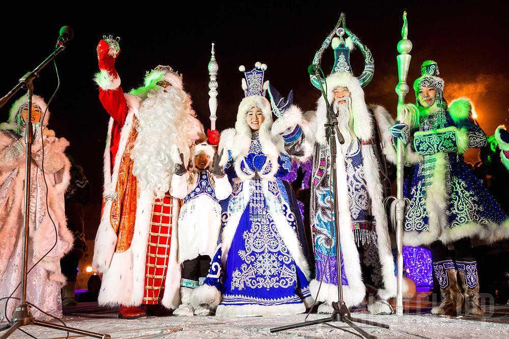 Сегодня на главных площадях Якутска зажгутся огни Новогодних елок
