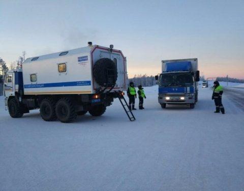 В праздничные дни на дорогах Якутии патрулируют передвижные посты ДПС