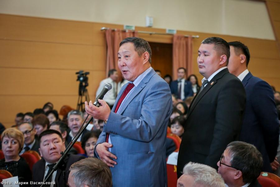 Егор Борисов провёл традиционную встречу с главами всех муниципальных образований Якутии