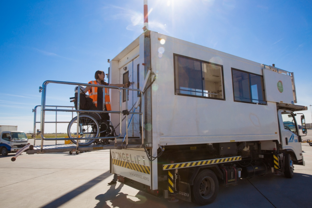 Аэропорт «Якутск» опровергает информацию о неоказании помощи инвалиду