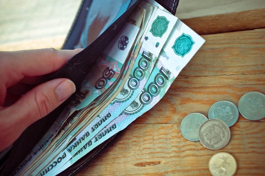 Минтруд подготовил законопроект об уравнивании МРОТ и прожиточного минимума с 1 мая