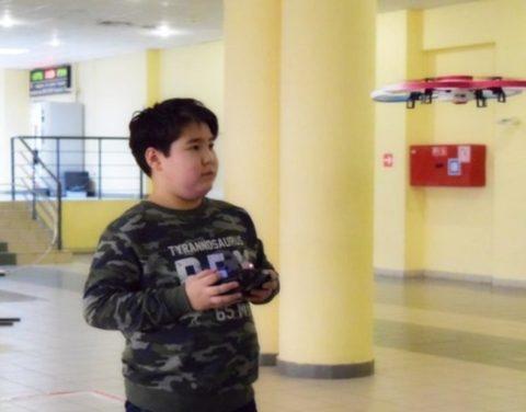 Лучшие игроки соревнований по управлению дронами среди школьников поедут в Южную Корею