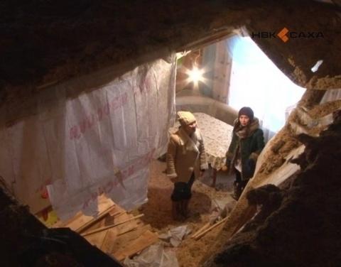Обрушение потолка в якутском селе Сунтар под контролем у администрации района