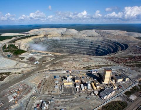 Все шахтёры рудника «Удачный» подняты на поверхность